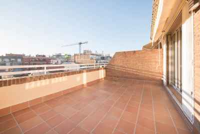 Renovated penthouse in the centre of Barcelona